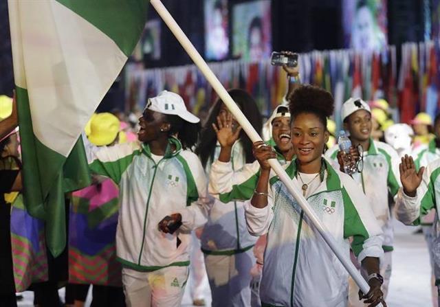 나이지리아 탁구 대표 올루푼케 오쇼나이케는 배 속에 7개월 태아를 가진 채 지난해 리우올림픽 개회식 기수로 입장했다.BBC 홈페이지 캡처