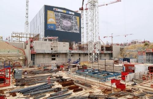 [교도=연합뉴스 자료사진] 작년 10월 프랑스 남부 카다라슈 국제핵융합실험로(ITER) 건설 현장 모습.