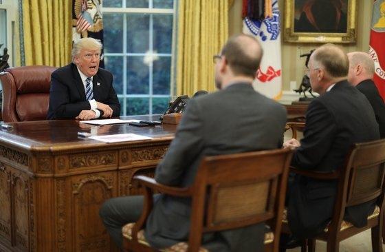 도널드 트럼프 미국 대통령 인터뷰 모습 © 로이터=뉴스1  <저작권자 © 뉴스1코리아, 무단전재 및 재배포 금지>