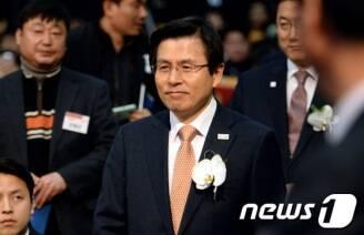 黃대행 '오늘까지 특검연장 수용' 野통첩 수용할까?'