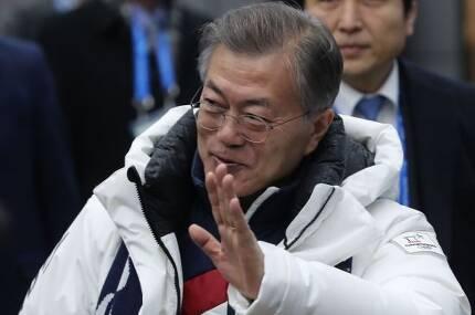 문재인 대통령이 25일 오후 2018평창동계올림픽 폐회식 관람을 마친 뒤 진부역에 도착하고 있다.  사진=연합뉴스