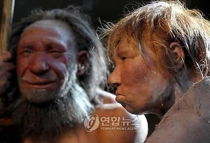 독일 네안데르탈인 박물관에 전시된 고대 인류 모형 [EPA=연합뉴스]