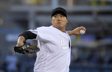 LA 다저스 류현진이 24일 뉴욕 양키스전에서 공을 던지고 있다. | AP연합뉴스
