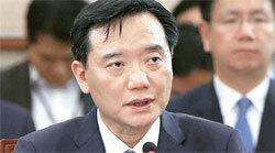 김현웅 후보자가 7일 국회 법사위 인사청문회에 출석해 의원들의 질문에 답하고 있다. [오종택 기자]