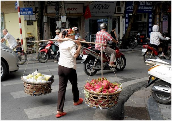 베트남의 누이 반 항 롱이 나를 수 없는 건 세상에 없다.