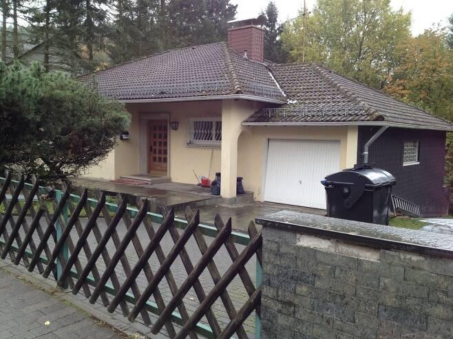 최근까지 최순실씨와 딸 정유라씨 가족이 머문 것으로 추정되는 독일 프랑크푸르트 인근 그라벤 비센베르그가의 한 주택.