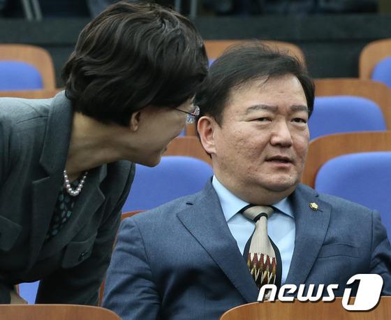 민경욱 자유한국당 의원. 2017.3.13/뉴스1 © News1 송원영