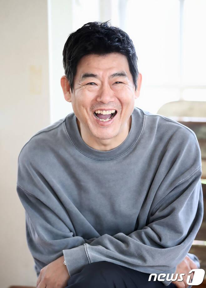 2018.5.31. 삼청동 카페. 영화 '탐정' 배우 성동일 인터뷰. © News1 권현진 기자