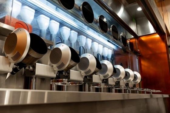로봇이 음식 조리, 설거지 등을 하는 로봇 레스토랑 '스파이스'/사진=스파이스