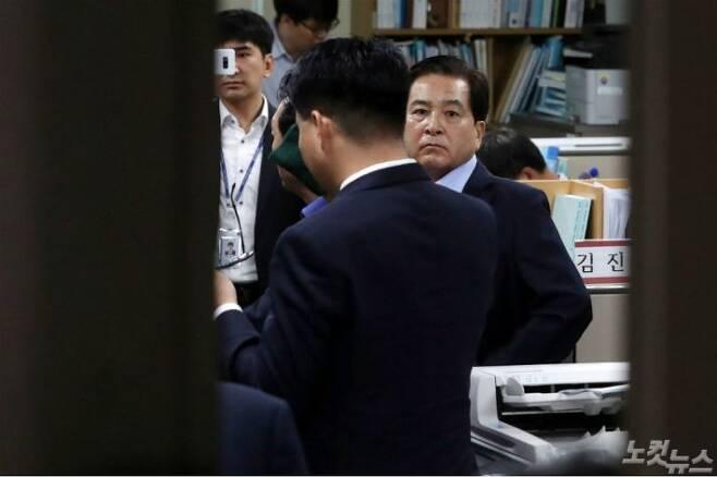 정부의 비공개 예산 정보 무단 열람·유출 의혹 혐의를 받고 있는 자유한국당 심재철 의원. (사진=윤창원 기자/자료사진)