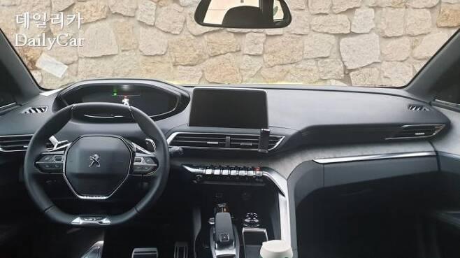 신형 3008 GT