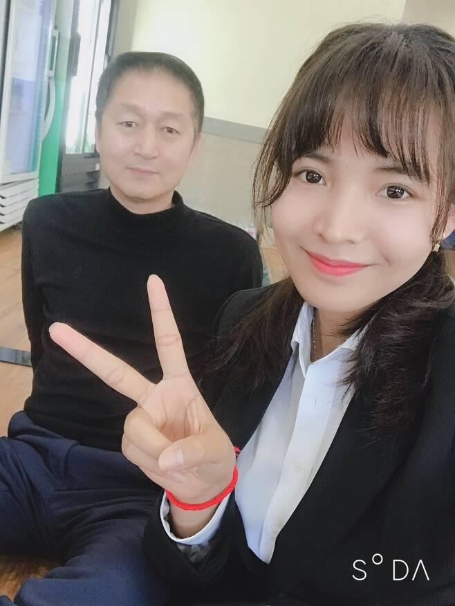 당구 캄보디아댁 피아비와 남편 김만식씨. [사진 피아비]