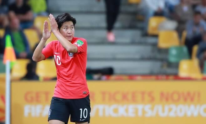▲ 이강인이 FIFA U-20 월드컵에서 박수를 치고 있다 ⓒ연합뉴스