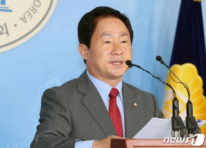 주광덕 자유한국당 의원. 2019.7.5/뉴스1 © News1 이종덕 기자