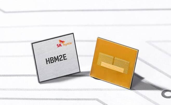 SK 하이닉스의 HBM2E 메모리. 출처 : SK 하이닉스