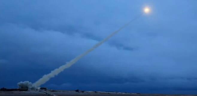 지난해 3월 공개된 러시아 원자력 추진 미사일 '9M730 부레베스트닉' 발사 장면.  러시아 정부 제공