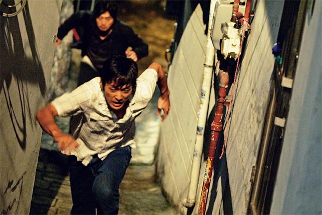 나쁜 놈이 더 나쁜 놈을 응징하는 영화 '추격자'. 쇼박스 제공