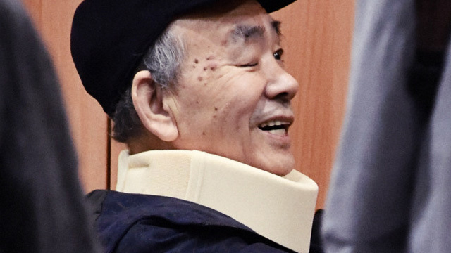 18일 출소한 야마구치구미 2인자 다카야마 키요시가 미소를 띠고 있다. (출처:마이니치신문)