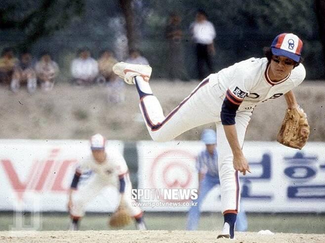 ▲ OB 베어스 박철순은 1982년 세계에서 유일한 단일 시즌 22연승을 기록했다. ⓒ두산 베어스