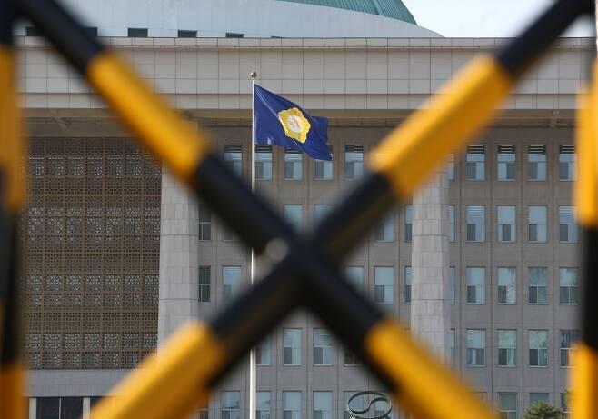 ⓒ 공직선거법 개정안의 국회 본회의 부의가 하루 앞으로 다가온 11월26일 여야의 전운이 고조되고 있다. ⓒ시사저널 박은숙