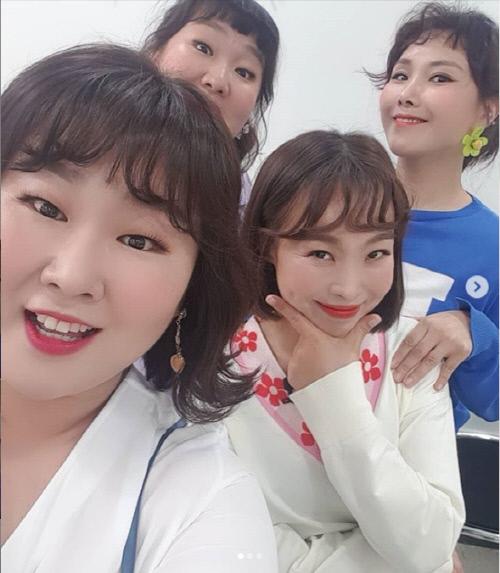개그우먼 이수지, 신봉선, 오나미, 김민경(왼쪽부터 시계방향으로). 출처|신봉선 개인 SNS