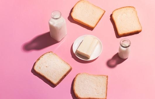 흰 빵, 마가린, 유제품