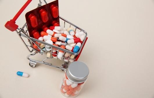 수십가지의 유산균 제품을 선별하여 구입하는 것이 필요하다