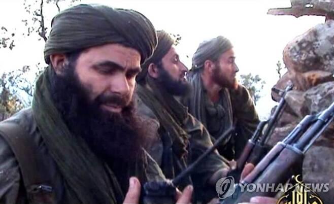 아프리카 말리 북부에서 활동하던 극단주의 테러단체 알카에다 조직원들의 모습[AFP=연합뉴스 자료사진]