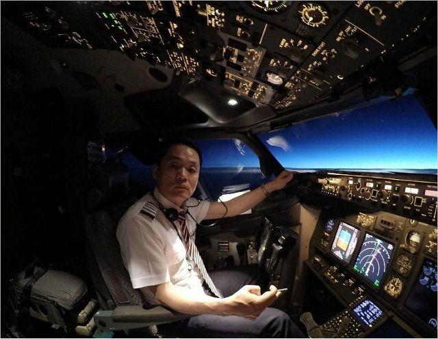 """""""하늘을 동경해서 파일럿이 되고 싶었다""""는 공군사관학교 출신 28년차 조종사 이스타항공 박이삼 노조위원장. (사진=박이삼 위원장 제공)"""
