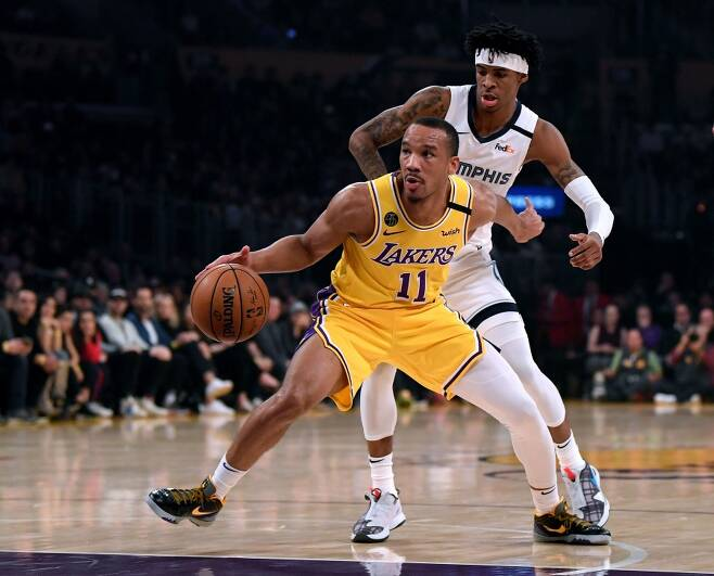 ▲ 에이브리 브래들리(앞쪽 노란색 유니폼)는 재개되는 시즌 때 LA 레이커스에 합류하지 않는다 ⓒ 연합뉴스/AP
