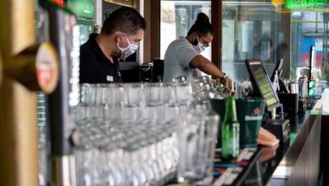 영업을 재개한 상파울루 시내 음식점 [브라질 뉴스포털 G1]