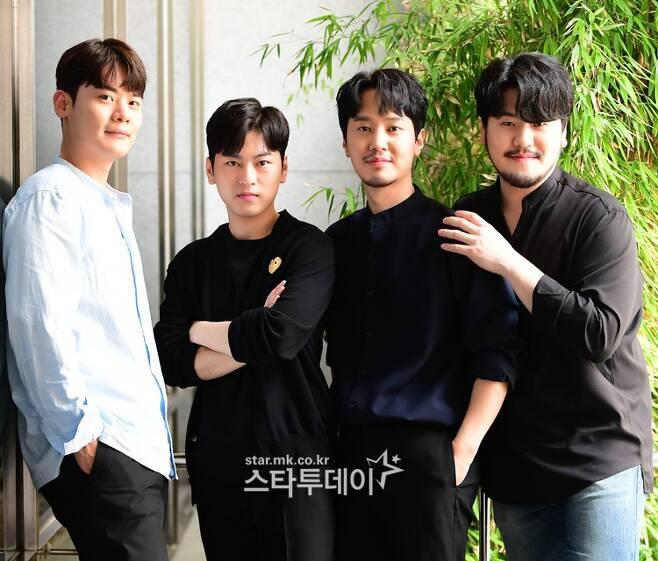 '팬텀싱어3'에서 최종 우승한 `라포엠` 유채훈, 박기훈, 최성훈, 정민성(왼쪽부터). 사진ㅣ유용석 기자
