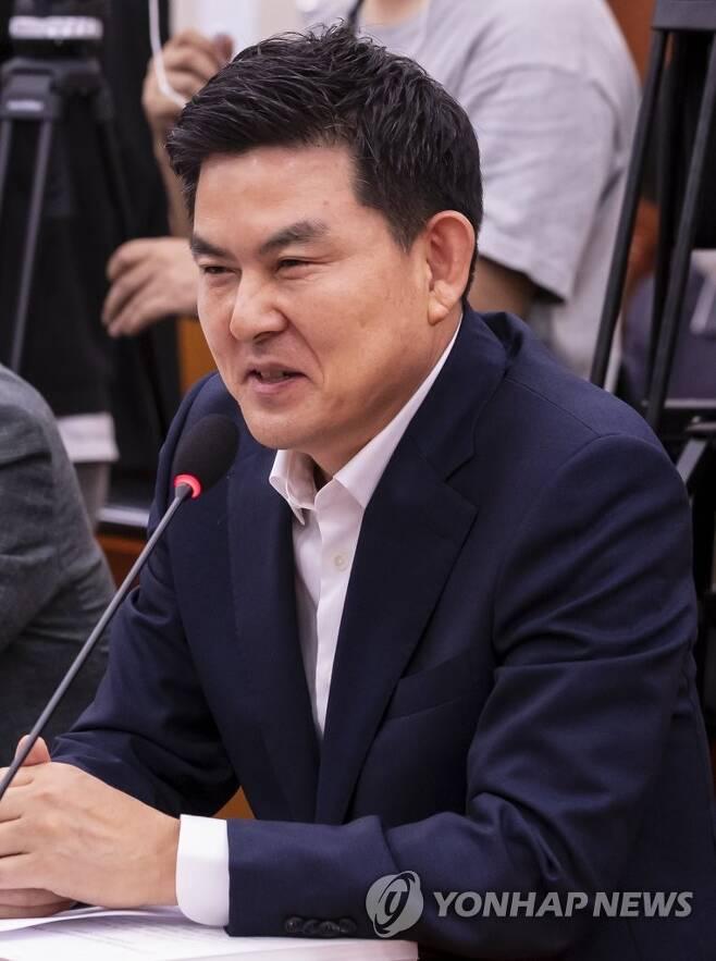 발언하는 김태호 의원 [연합뉴스 자료사진]