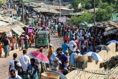 100만명 밀집한 방글라데시의 콕스 바자르 난민캠프 [로이터=연합뉴스]