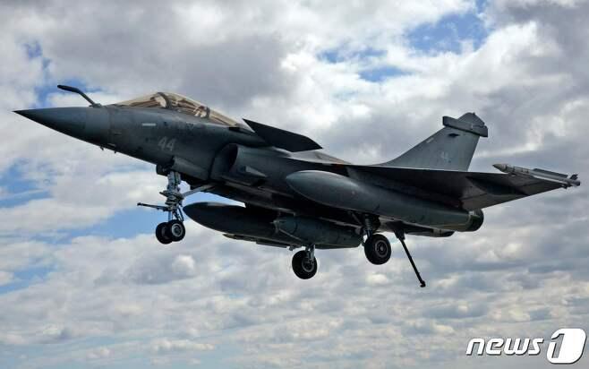 프랑스 해군이 보유중인 라팔 전투기 <자료사진> © AFP=뉴스1