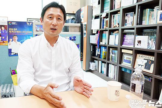 용인대학교 전기영 교수(사진=엠스플뉴스 이근승 기자)