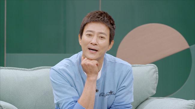[사진=JTBC 제공] 배우 최수종이 '1호가 될 순 없어'에 게스트로 출연해 아내를 진심으로 존중하는 모습을 보여주며 '갓수종'으로 각광받고 있다.