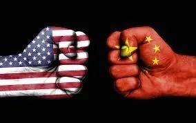 중국에선 앞으로 두 달 반만 버티면 조 바이든의 민주당이 미 대선에서 승리해 중국 압박으로 일관해온 도널드 트럼프 행정부의 정책으로부터 벗어나지 않을까 하는 기대가 적지 않다. [중국 환구망 캡처]