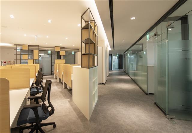 용산 센트럴파크 해링턴스퀘어 공공시설동 4층에 위치한 청년지원센터에는 창업보육공간이 조성돼 있다.