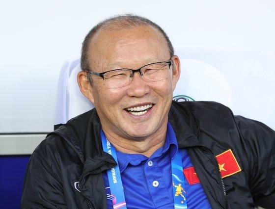 활짝 웃는 박항서 베트남축구대표팀 감독. [뉴스1]