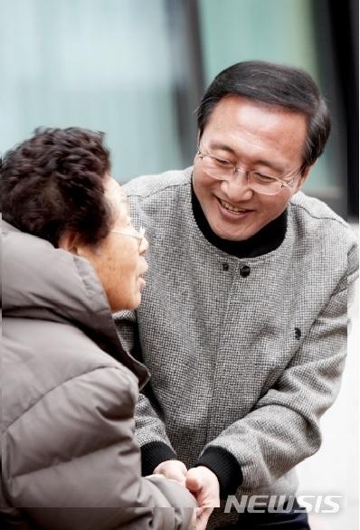 [서울=뉴시스] 사진=노회찬재단 제공