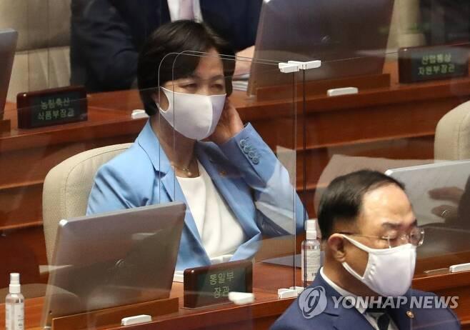 지난 8일 오후 국회 본회의에 출석한 추미애 법무부 장관[연합뉴스 자료사진]