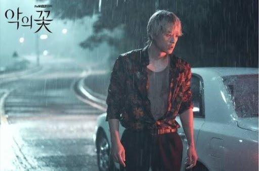 사고 당시 모습. 한 작품이지만 시점에 따라 각기 다른 스타일을 선보였다. [사진 tvN]