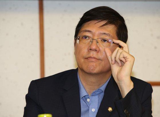 더불어민주당 최고위원회가 18일 제명 결정을 내린 비례대표 김홍걸 의원. [연합뉴스]