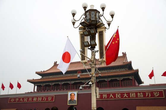 지난 6월과 7월 중국에 진출한 일본기업 1700여 곳이 중국시장을 떠나 일본으로 복귀하기로 결정했다. 중국은 애써 태연한 모습이지만 일본기업의 탈중국 현상이 계속 이어질지 관심이다. [AP=연합뉴스]