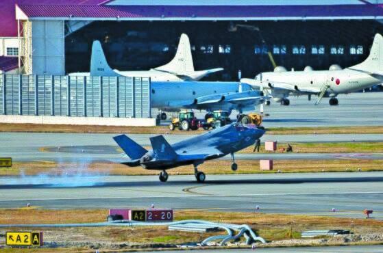 2017년 11월 17일 미 본토를 출발해 이와쿠니 미 해병대 기지에 도착하는 F-35B 전투기 [미 태평양함대 사령부 페이스북=연합뉴스]
