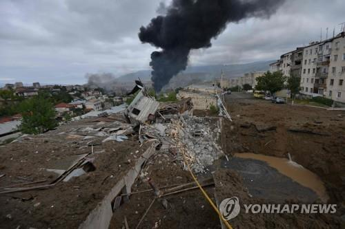 아제르바이잔·아르메니아 교전으로 파괴된 나고르노-카라바흐의 스테파나케르트 시 [AFP=연합뉴스]