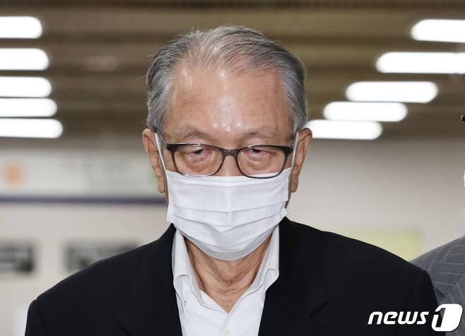김기춘 전 대통령 비서실장. 2020.7.9/뉴스1 © News1 박지혜 기자
