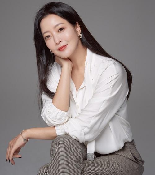 '앨리스' 김희선 사진=힌지엔터테인먼트