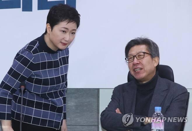 야권 부산시장 주자로 거론되는 박형준 이언주 [연합뉴스 자료사진]